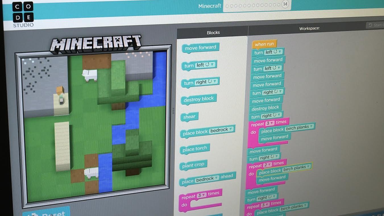 Майнкрафт теперь обучает программированию